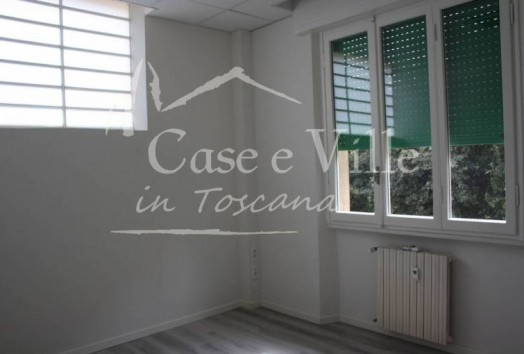 Offices  TO RENT  Prato