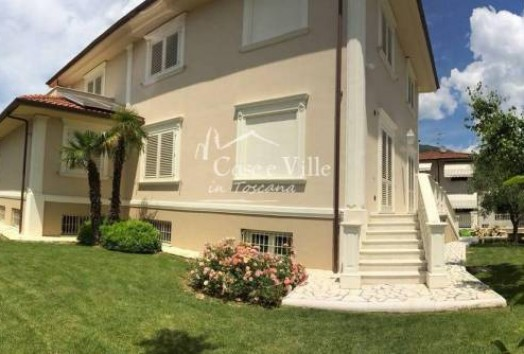 Villa  FOR SALE  Montale